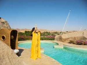 アスワンの朝日を浴びながら天と繋がるイニシエーション~この地に立つこと自体が重要な儀式なのです~