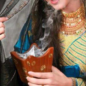 アラブのお香 バックホーラ