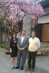 桜が美しい有馬温泉の主と一緒に♪
