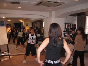 英語でダンス!をプロデュース in Osaka Jasminの後姿♪
